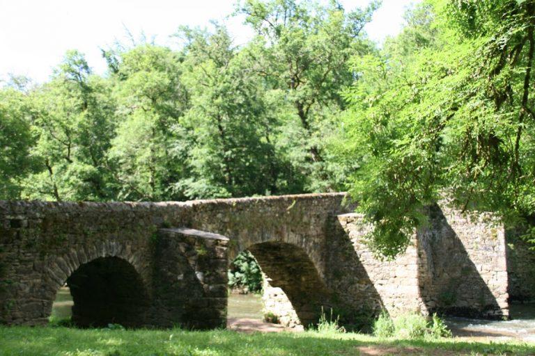 pont commencau